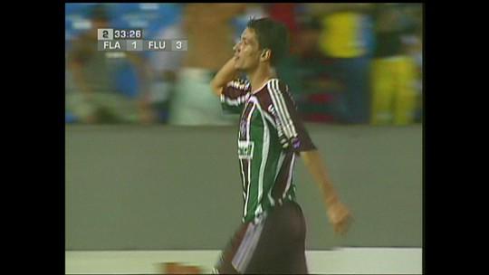 """Ainda sonhando com um meia, Fluminense tenta reforço para quebrar """"maldição da camisa 10"""""""