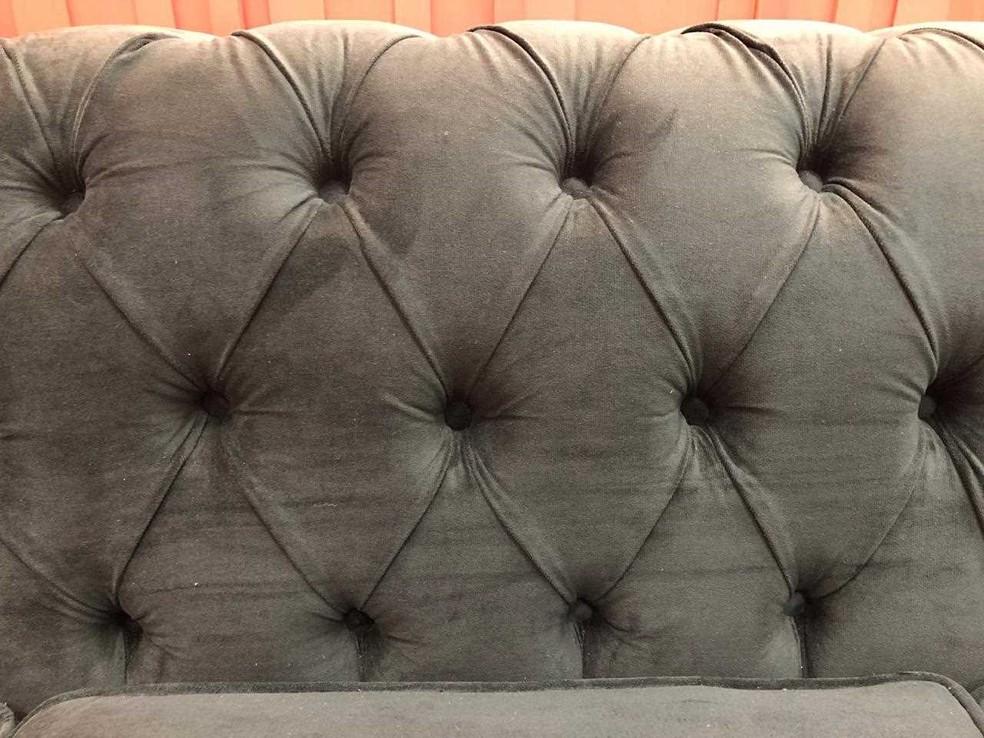 O sofá da casa do BBB19 é verde — Foto: Gshow