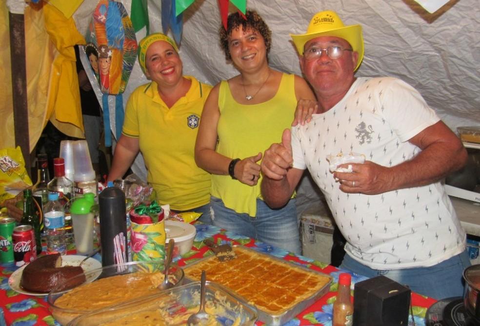 Os comerciantes também estavam em clima de Copa do Mundo  (Foto: Ana Clara Marinho/TV Globo )