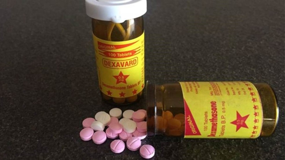 Pílulas com efeitos colaterais que 'engordam' são vendidas ilegalmente até em beira de estrada (Foto: Yousra Elbagir/BBC)