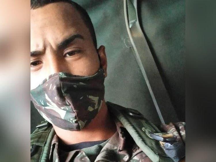 Soldado do exército morre em treinamento após acidente com viaturas blindadas em SC