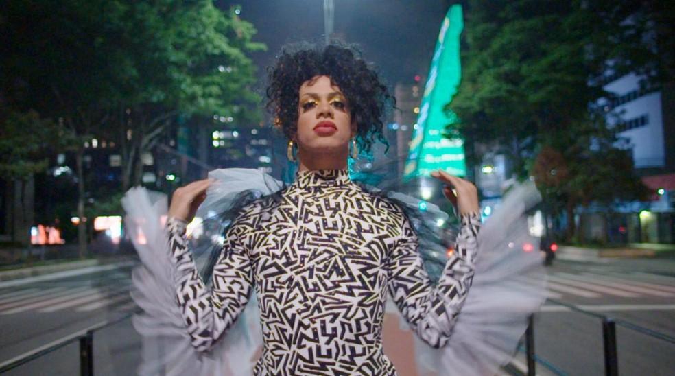 Fábio, 30, jovem gay de São Paulo, dá vida à drag queen Sasha Zimmer  — Foto: Globo