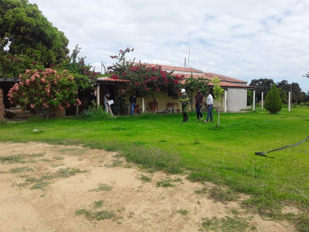 Fazenda em Sobradinho, no norte da Bahia, onde polícia achou ligação clandestina de energia  — Foto: Divulgação/Coelba