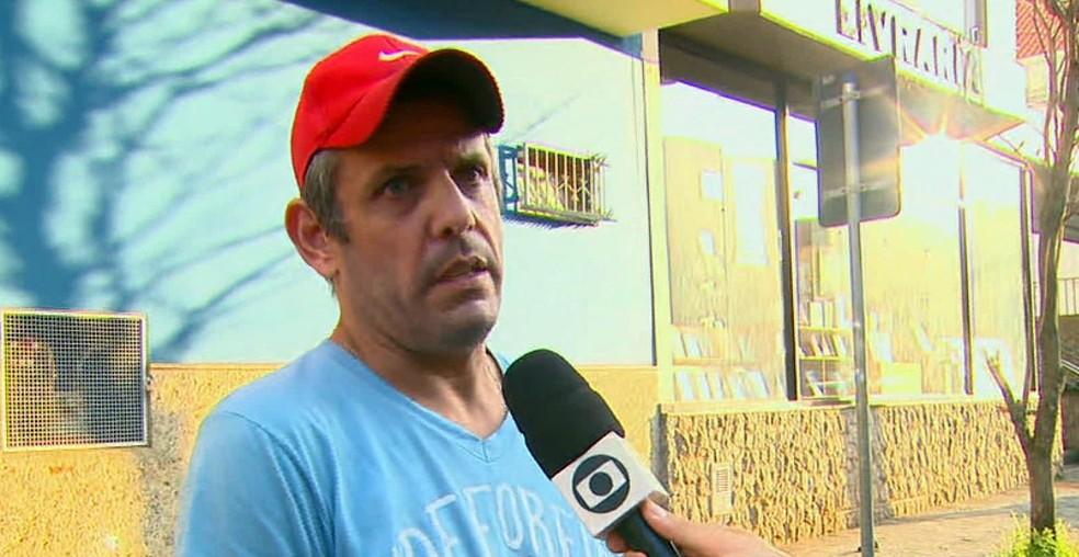Motorista foi parado por assaltante em São Carlos — Foto: Reprodução/EPTV