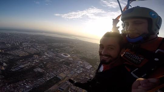 348 anos de Manaus, salto de paraquedas e Whindersson Nunes; Reveja o 'Zapp' deste sábado (21)