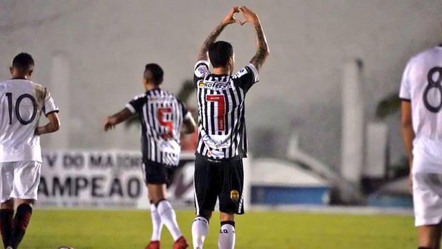 Clayton marcou duas vezes para o Botafogo-PB
