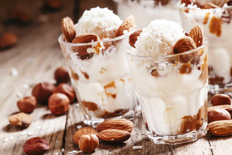 Em geral, os leites à base de oleaginosas e de coco são mais ricos em gorduras boas (Foto: Divulgação )