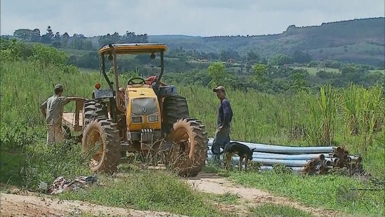 Trabalhadores denunciam abandono em lavoura de tomates em São Sebastião do Paraíso, MG