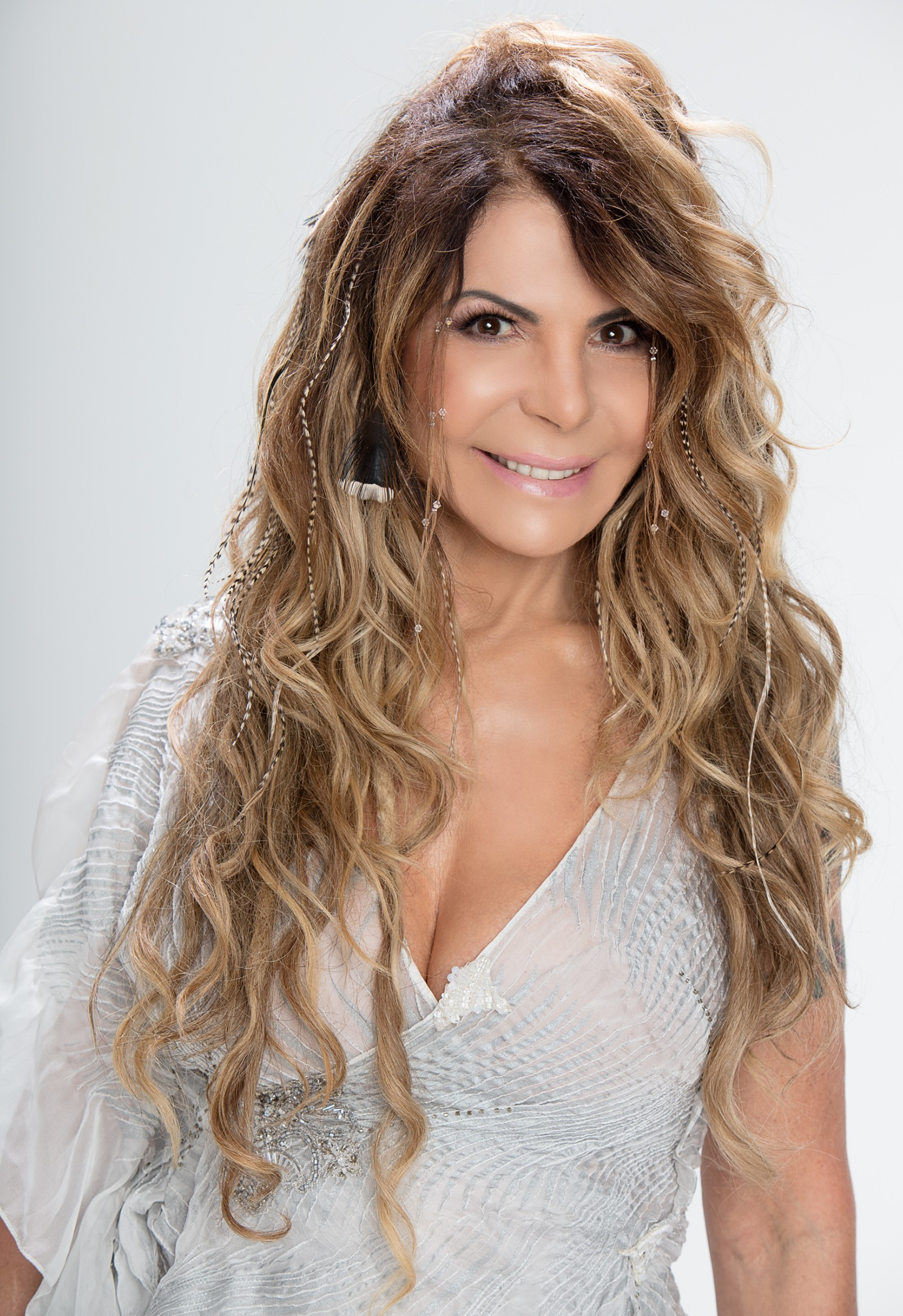 Elba Ramalho canta Belchior em álbum batizado com nome de música inédita de Lula Queiroga e Yuri Queiroga 2