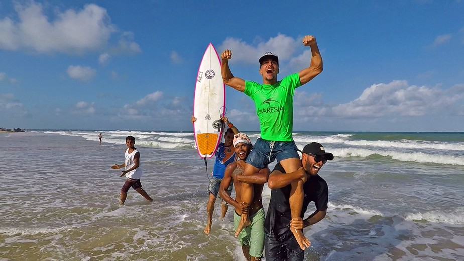 Surfista potiguar vence etapa do brasileiro profissional na praia de Pipa