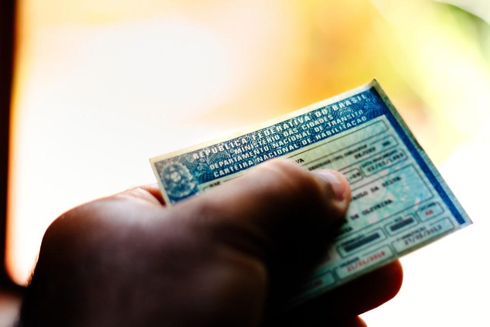 Detran-AL já abriu mais de 900 processos para suspensão da CNH de motoristas neste ano - Notícias - Plantão Diário