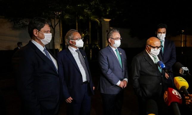 Ministros e empresários em jantar na última quarta-feira