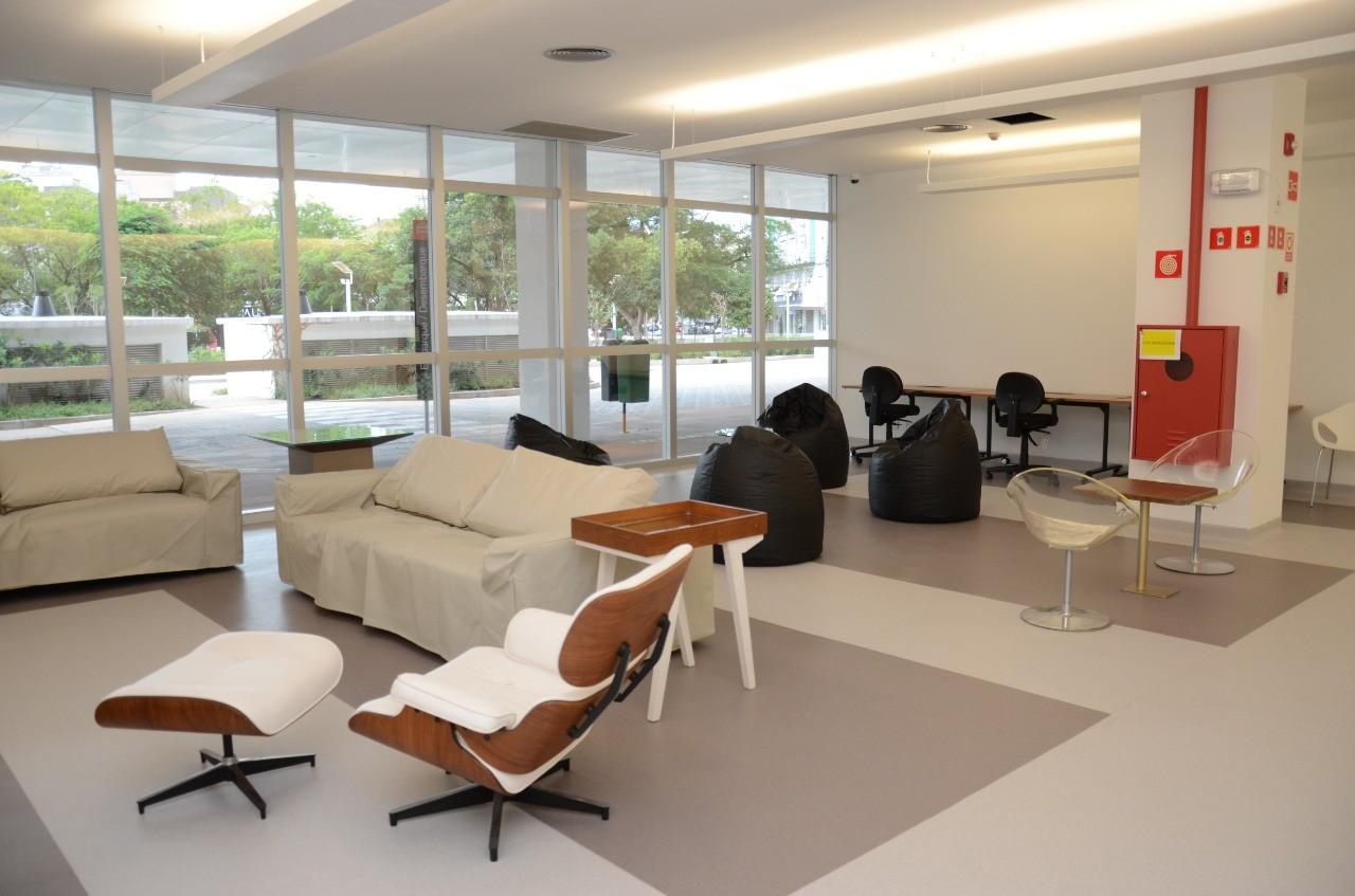 Arquitetos criam sala de descanso para profissionais da saúde no RS: 'Precisam ser abraçados'