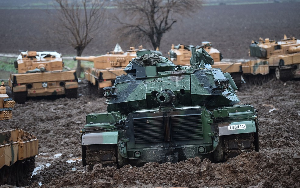 Exército da Turquia lança mais um ataque contra curdos sírios