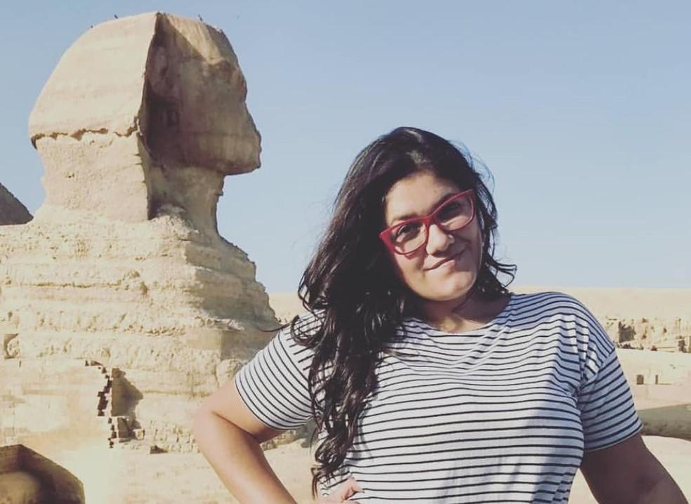Raphaella mora no Egito e acabou ficando 'preso' no Brasil por causa da quarentena — Foto: Arquivo pessaoal/Raphaella Benetti Silva