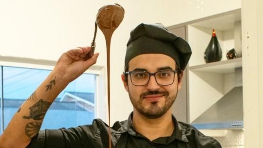 Vendas de tortas de Douglas Ramalho alavancam após participação no 'The Voice'