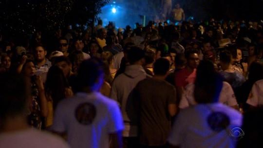 Carnaval tem até churrasco no interior do RS e festa das crianças em Porto Alegre