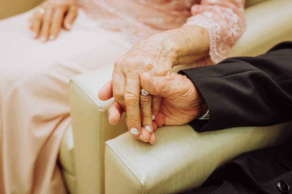 Pequenos gestos mantém o amor vivo (Foto: Gabriel Rodrigues/Reprodução)