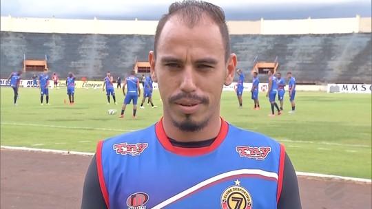 Jogador Fernando Pavão morre após acidente em rodovia de MS