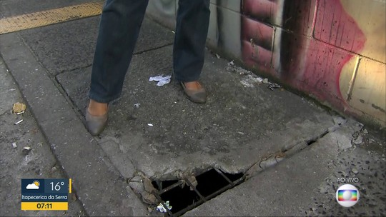 Pedestres sofrem com transtornos no entorno da Estação da Barra Funda