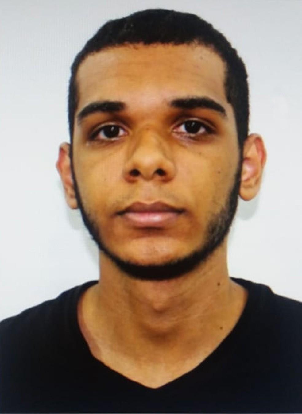 Willian Augusto da Silva, sequestrador do ônibus da Ponte — Foto: Reprodução