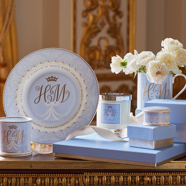 Veja a louça comemorativa do casamento de príncipe Harry e Meghan (Foto: Divulgação)