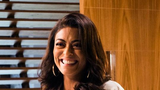 Juliana Paes celebra sucesso de 'Caminho das Índias' e confessa ter saudade das dancinhas