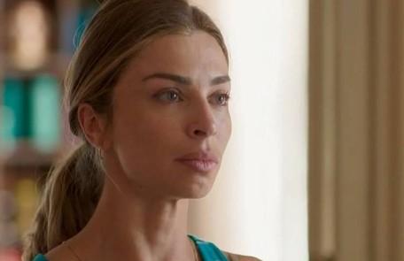 Na terça-feira (12), Paloma (Grazi Massafera) recusará o pedido de namoro de Marcos (Romulo Estrela) TV Globo