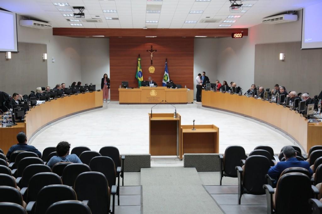 Candidatos à eleição do TJMT questionam no CNJ e no próprio órgão mudança de regra para permitir reeleição de presidente