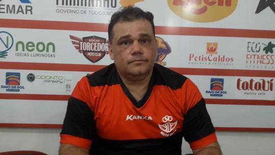 Moto apresenta Miguel Jr. como gerente de futebol para 2020