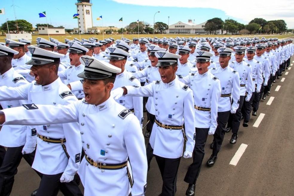b7f6b33c3 Aeronáutica abre 70 vagas para formação de oficiais aviadores ...