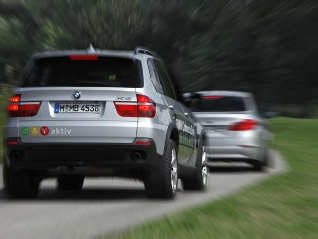 Frenagem de emergência  (Foto: divulgação/BMW)