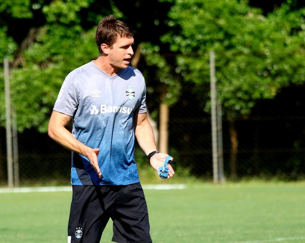 Tiago Gomes será o técnico do Grêmio na Recopa Gaúcha — Foto: Rodrigo Fatturi/Grêmio