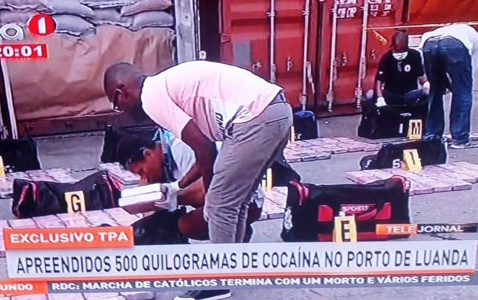 Cocaína procedente de carregamento brasileiro foi localizada em Angola (Foto: Reprodução/TPA)
