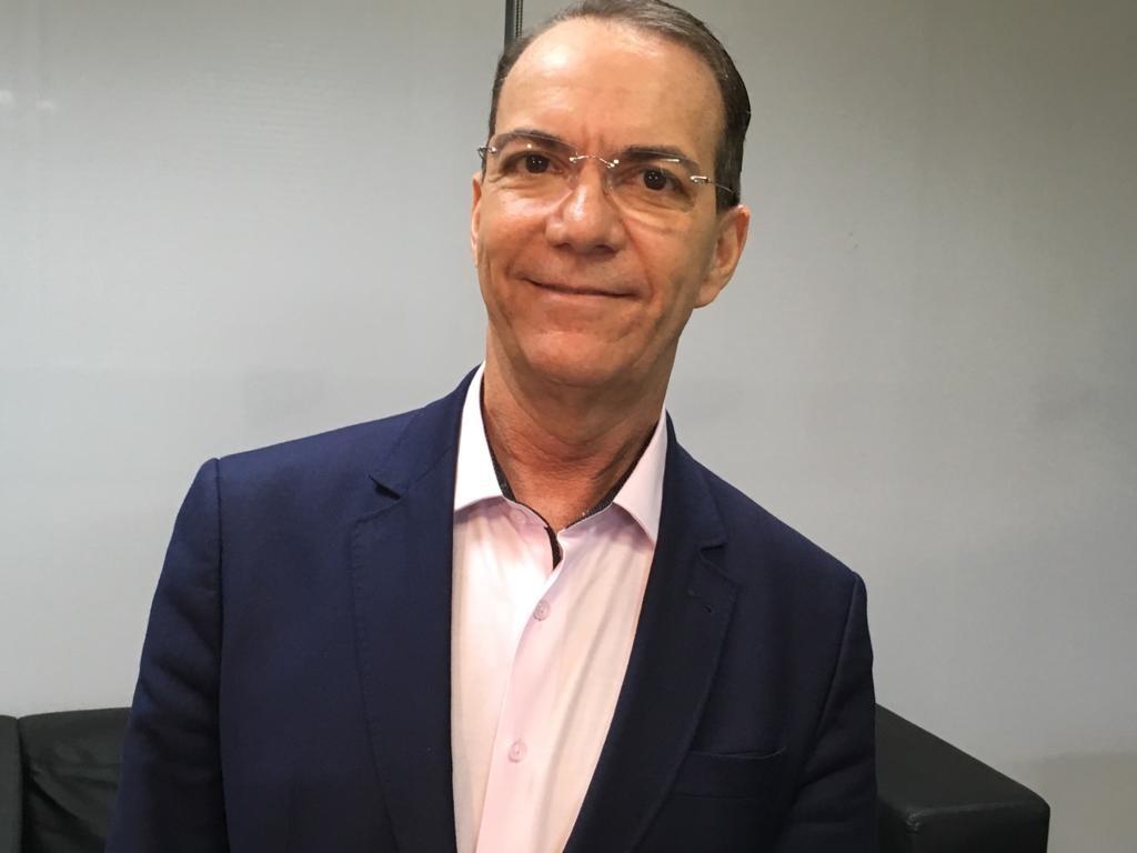 Candidato ao governo de SC Décio Lima (PT) responde perguntas do G1 - Radio Evangelho Gospel