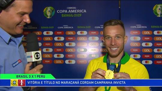 Arthur afirma que entrosamento foi principal evolução do Brasil durante a competição
