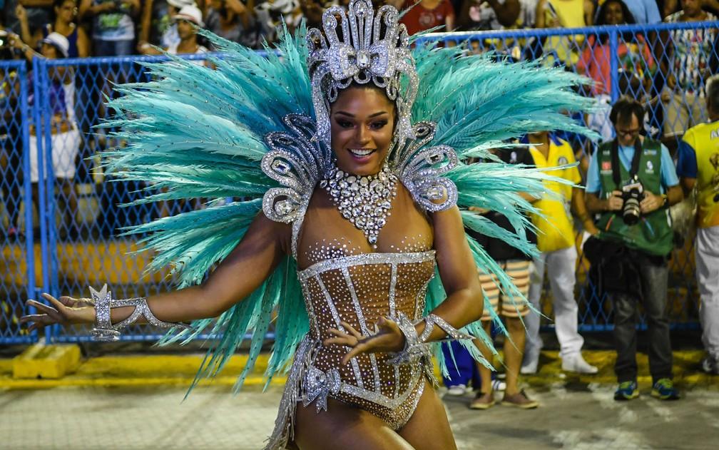 Juliana Alves é a rainha da bateria da Unidos da Tijuca (Foto: Alexandre Durão/G1)