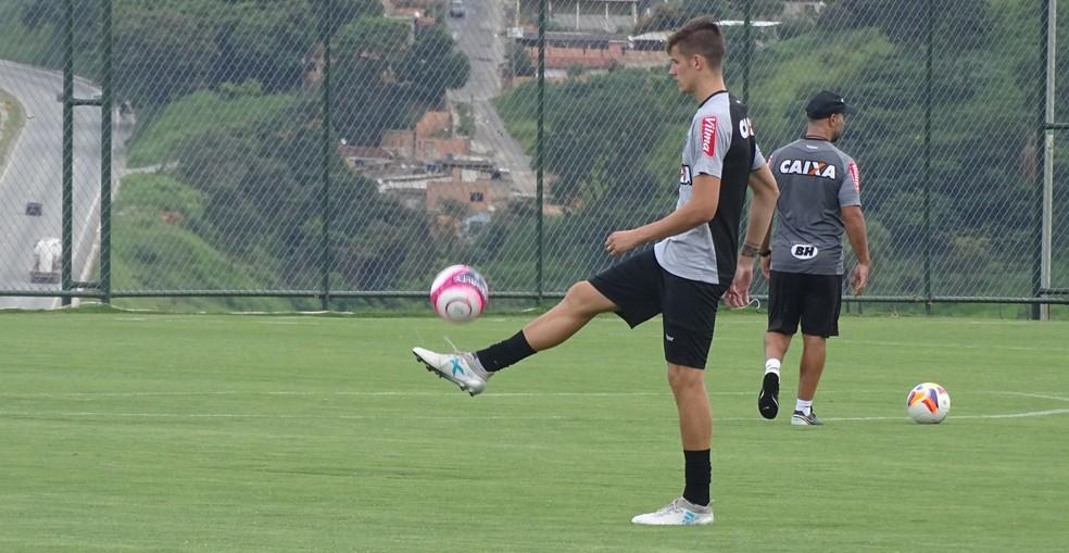 Iago Maidana, zagueiro do Atlético-MG (Foto: Rafael Araújo)