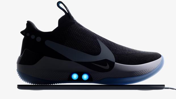 Nike Adapt BB pode se conectar ao smartphone via bluetooth (Foto: Divulgação)
