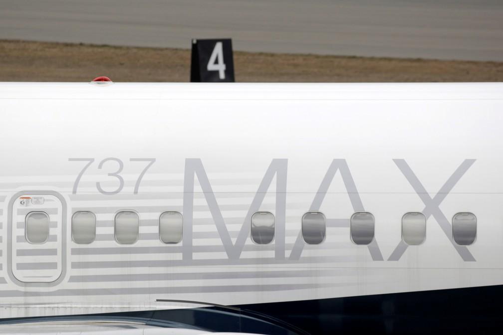 Boeing 737 MAX 8 estacionado em uma fábrica em Renton, nos EUA — Foto: David Ryder/Reuters
