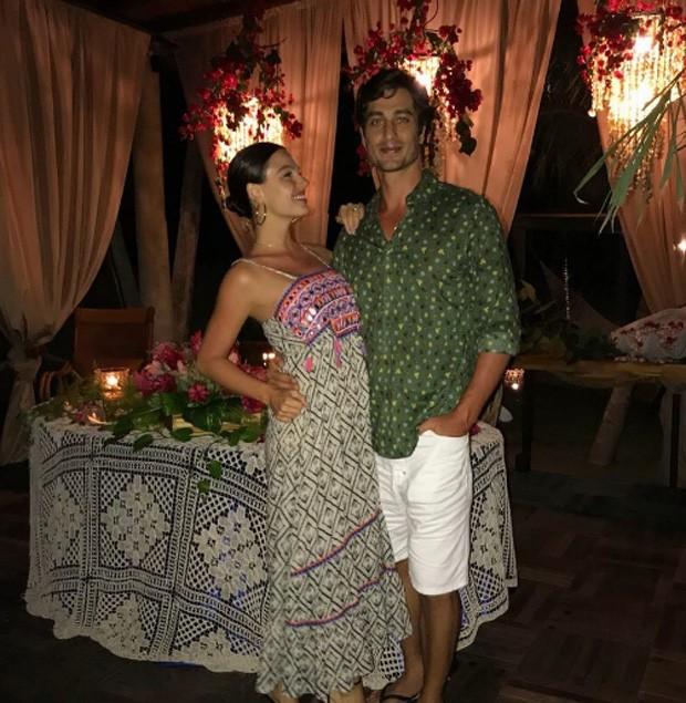 Isis Valverde e marido (Foto: Reprodução)