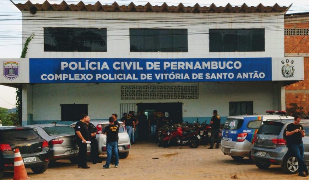 Delegacia de Vitória de Santo Antão, na Zona da Mata de Pernambuco, fica responsável pela investigação — Foto: Paulo Abreu/PCPE