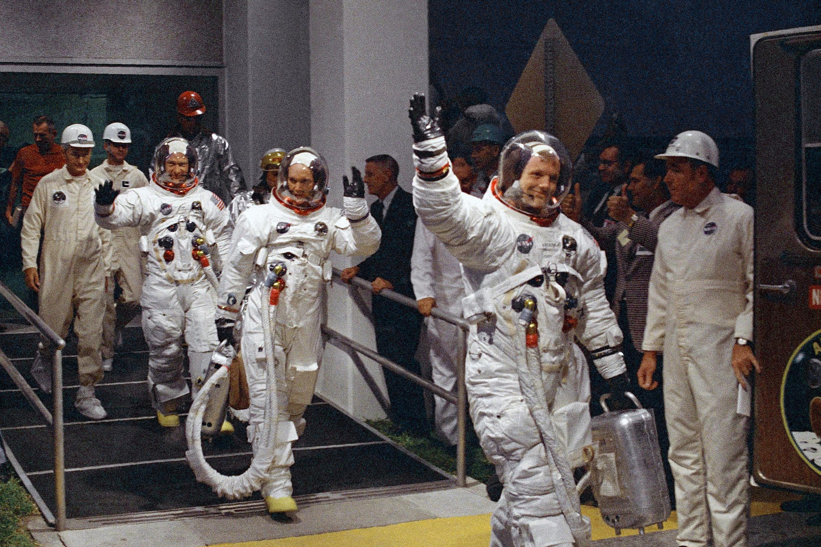 Veja como está o único astronauta da missão Apollo 11 a não pisar na Lua