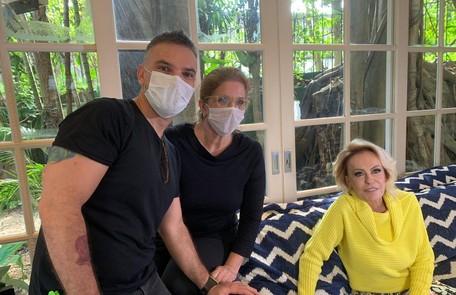 Ana Maria Braga e sua equipe durante uma das gravações do 'Mais você' Arquivo pessoal