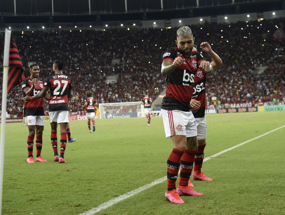 Gabigol faz dancinha do Babu — Foto: André Durão