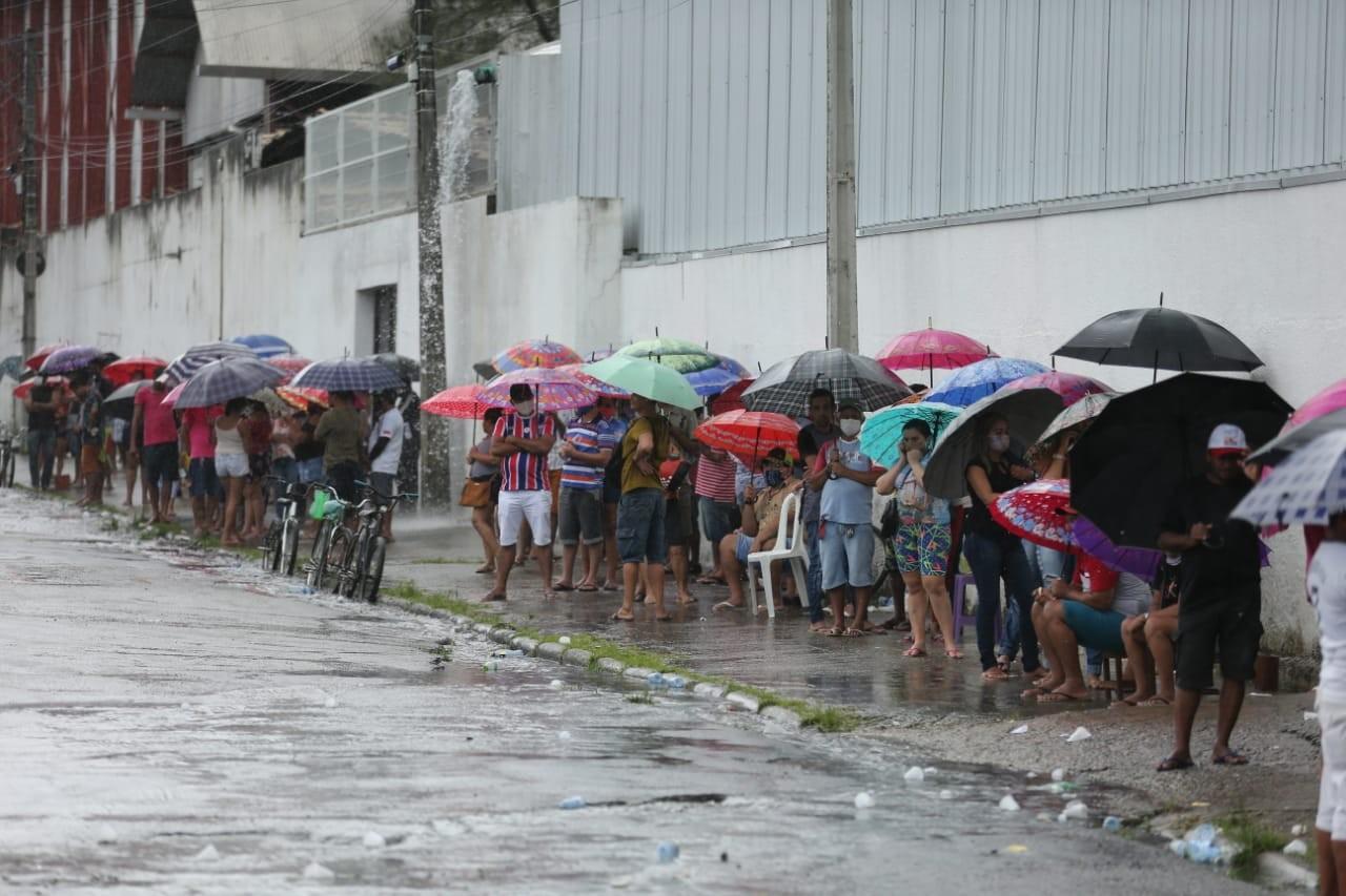 Às vésperas de lockdown, prefeito de Fortaleza faz apelo à população