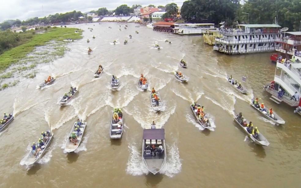 Festival é realizado há quase quatro décadas no Rio Paraguai — Foto: Divulgação/ FIPe