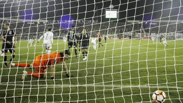Carmona marca o gol do Colo-Colo