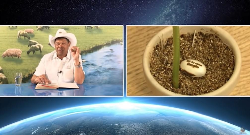 O pastor Valdemiro Santiago de Oliveira, líder da Igreja Mundial do Poder de Deus (IMPD), anuncia sementes de feijão com supostos poderes de curar a Covid-19.  — Foto: Reprodução/Youtube