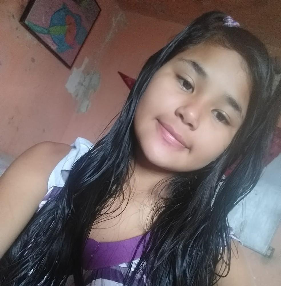 Aline Alves Melo, de 14 anos, morreu após ser dopada e estuprada — Foto: Arquivo pessoal
